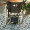 Donamos una silla de ruedas al abuelito de Naila, una peque cuya familia lo está pasando mal